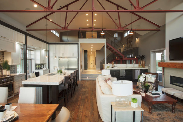 Industrial Kitchen by Malbec Homes & Renovations Inc.