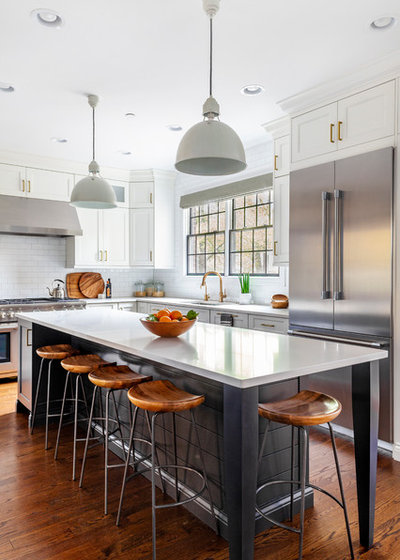 Beach Style Kitchen by The Kitchen Studio of Glen Ellyn