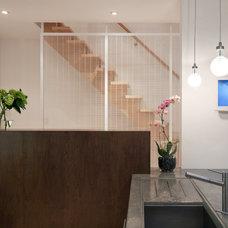 Contemporary Kitchen by Colizza Bruni Architecture Inc.