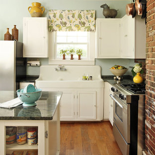 1940s kitchen ideas photos houzz rh houzz com 1940 kitchen cupboards 1940s kitchen cabinet colors