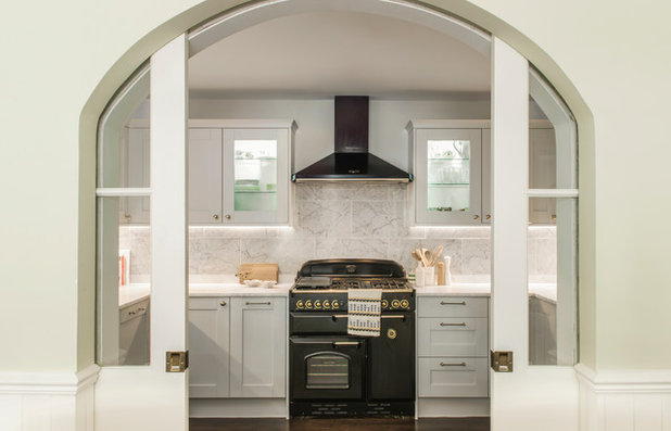 Transitional Kitchen by Nick George  |   Photographer
