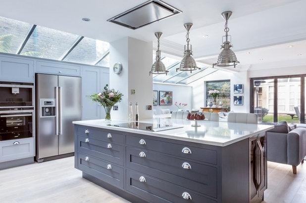 Victorian Kitchen by Sola Kitchens