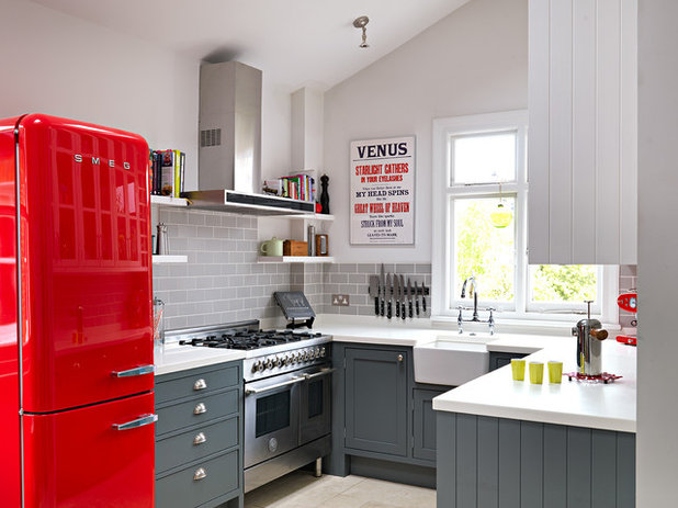 Traditional Kitchen by Williams Ridout