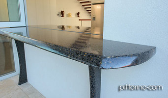 fully exposed and sculpted internal and external concrete benchtops