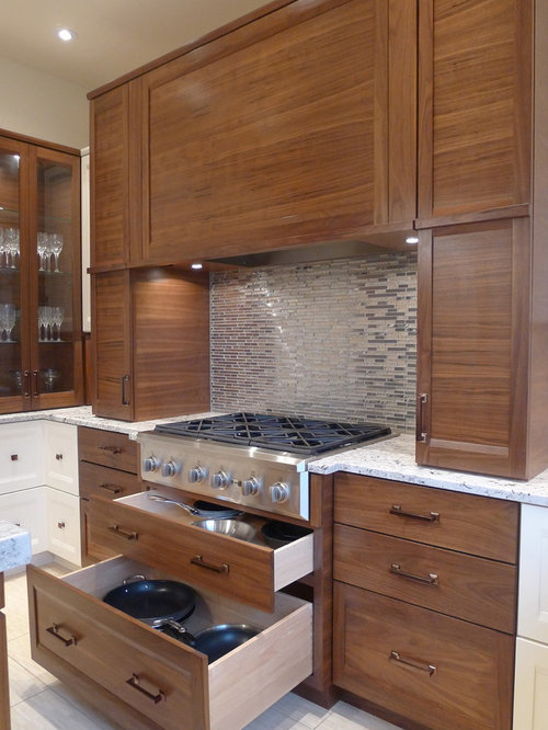 Best Drawers Under Cooktop Design Ideas & Remodel Pictures | Houzz