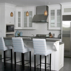 contemporary kitchen by Gabriel Builders Inc.