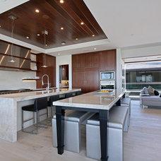 Contemporary Kitchen by Spinnaker Development