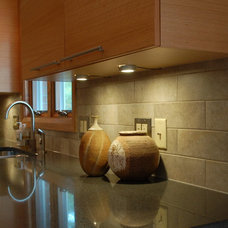 Contemporary Kitchen by Kresge Contracting Inc.