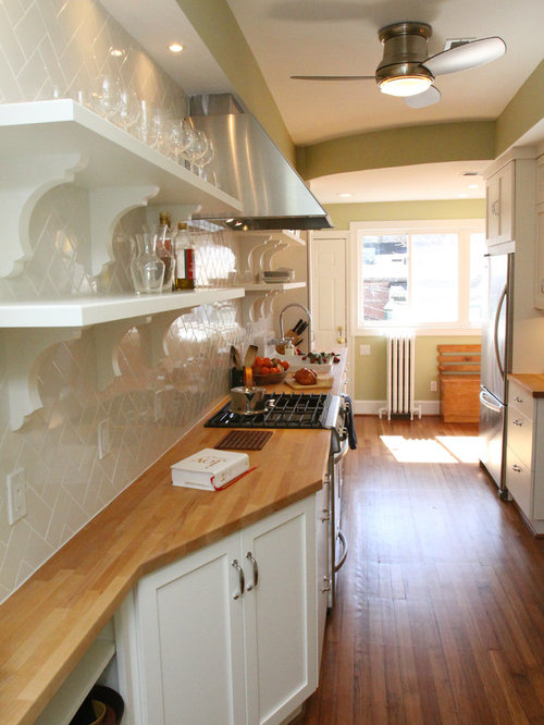 Odd shaped kitchen ideas pictures remodel and decor for Odd shaped kitchens