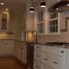 Traditional Kitchen by Dishington Construction inc.