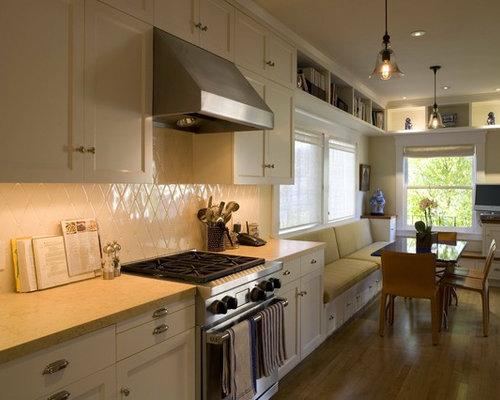 14 363 traditional galley kitchen kitchen design ideas for Traditional galley kitchen designs