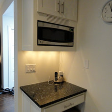 Traditional Kitchen by J. Carsten Remodeling