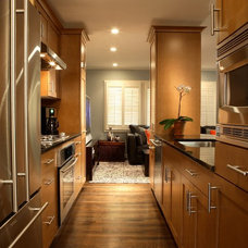 Contemporary Kitchen by Pittam Associates, Inc.