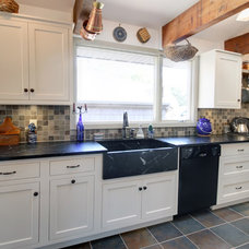 Traditional Kitchen by K T Highland Inc