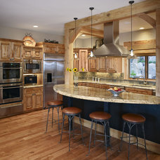 Traditional Kitchen by MQ Architecture & Design, LLC