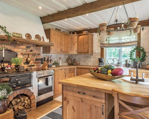 cuisine montagne avec un sol en carrelage de c ramique photos et id es d co de cuisines. Black Bedroom Furniture Sets. Home Design Ideas