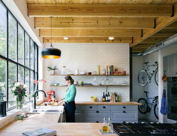 Farmhouse Kitchen by Pavonetti Architecture