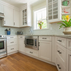 Traditional Kitchen by Rachel Eve Design, Inc.