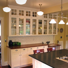 Traditional Kitchen by Garis Woodworking, Inc