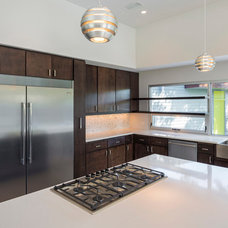 Modern Kitchen by CRFORMA DESIGN:BUILD