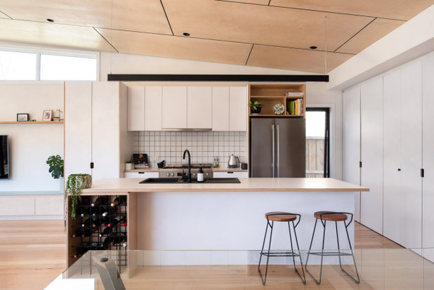 Contemporary Kitchen by Makers Zoo
