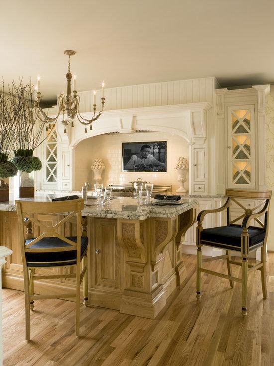 beautiful clive christian kitchen. beautiful ideas. Home Design Ideas