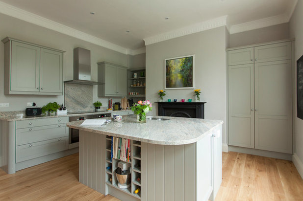 Traditional Kitchen by Bath Kitchen Company