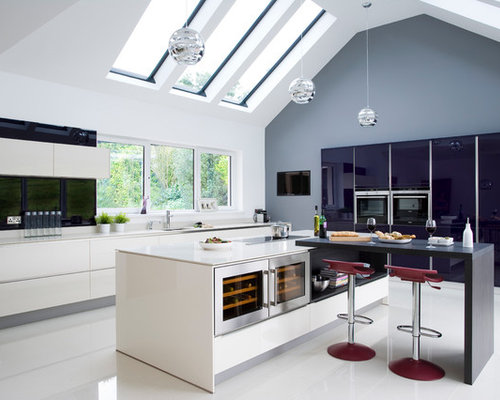 Wonderful Example Of A Huge Trendy L Shaped Eat In Kitchen Design In Belfast With