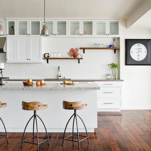 midsized beach style eatin kitchen ideas example of a mid