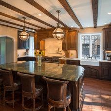 Traditional Kitchen by EC Trethewey Building Contractors, Inc.