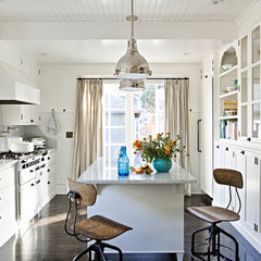 traditional kitchen by Jessica Helgerson Interior Design