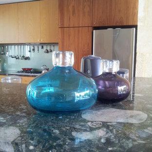 Glass bottles on Focil