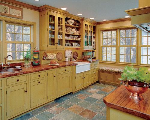 Landhausstil Küchen mit Küchenrückwand in Gelb Ideen, Design ...