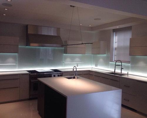 Beautiful Glass Kitchen Backsplash W/LED Lighting
