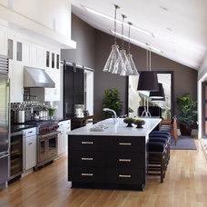 Kitchen by Urrutia Design