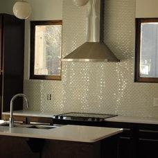 Modern Kitchen by J.W. York Homes