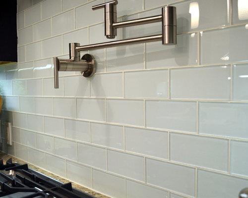 Best Glass Subway Tile Backsplash Design Ideas & Remodel ...