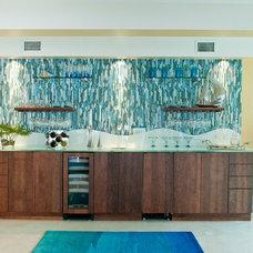 Modern Kitchen by Allied Kitchen and Bath