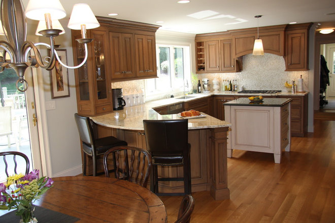 Traditional Kitchen by custom wood designs INC