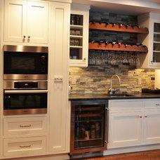 Traditional Kitchen by Showcase Kitchen & Bath