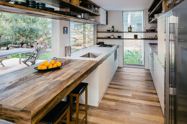 Contemporary Kitchen by Blue Eco Homes