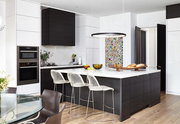 Modern Kitchen by Lorraine Franklin Designs Inc