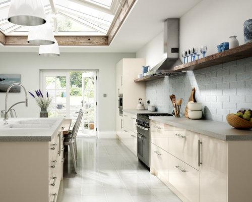 Ideas para cocinas | Fotos de cocinas con puertas de armario beige y ...