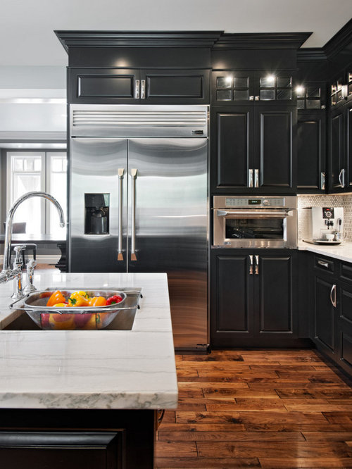 Best Farmhouse Kitchen with Black Cabinets Design Ideas & Remodel Pictures   Houzz