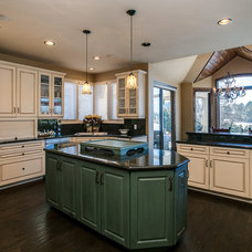 Traditional Kitchen by Earthwood Custom Remodeling, Inc.
