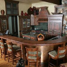 Rustic Kitchen by Timberidge Custom Homes