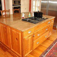 Traditional Kitchen by Bragg & Company Construction