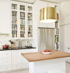 traditional kitchen by Gepetto