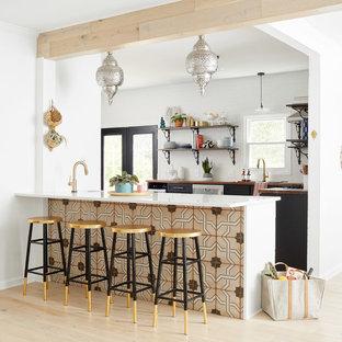 Eclectic kitchen pictures - Kitchen - eclectic kitchen idea in Nashville