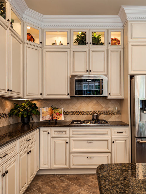 Pittsburgh Toasted Almond Paint Kitchen Design Photos With Porcelain